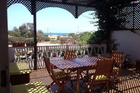 Villa vue sur mer / piscine privée - Tamariss
