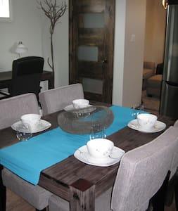 The Ultimate Business Accomodation - Kenora - Flat