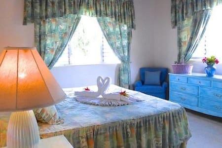 valhalla bedroom 1 - Duncans