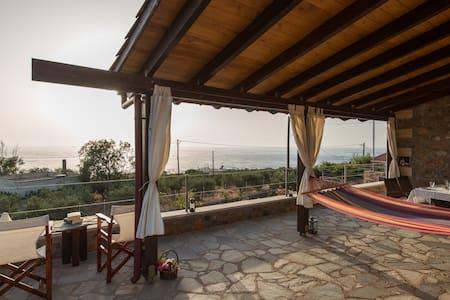 sunny villa with unique seaview - Livadia/Elafonissi - House