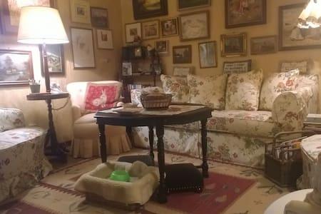 "Charming Rent: ""La Monicuccia"" - House"