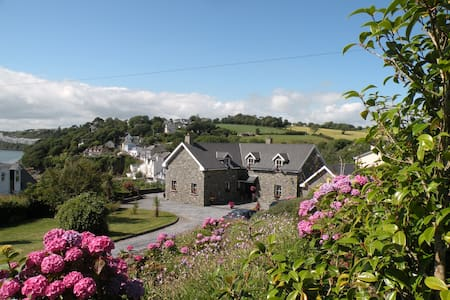 1ST  B&B ON THE WILD ATLANTIC WAY