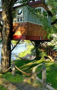 Washougal Riverside Treehouse - Lombház