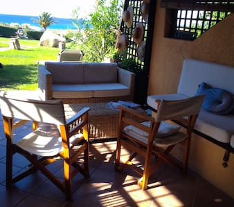 Green-blue flat over Sardinia's sea - Marinella - Appartement