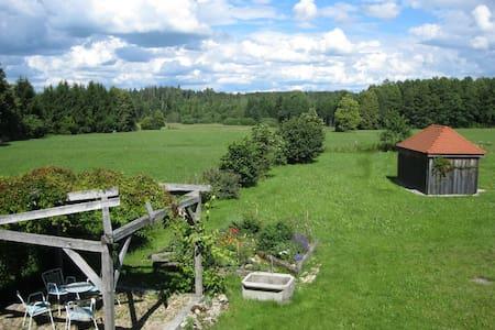 Helles Ferienhaus auf Waldlichtung - Dießen am Ammersee - Casa