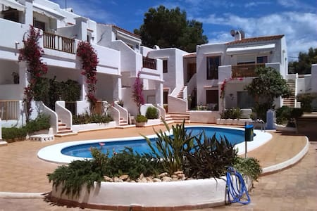 apto sta eulalia (IBIZA)100m playa - Apartment