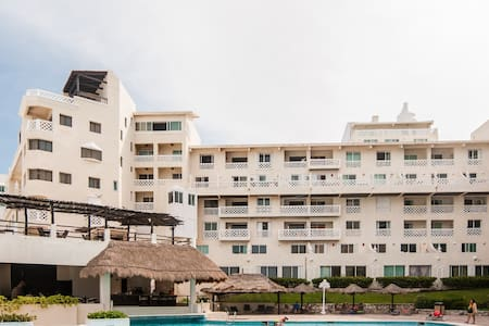 Brand New Luxury Beachfront Suite - Cancún - Apartment