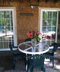 Cute, Comfortable Cape Cod Retreat - Eastham - Appartement