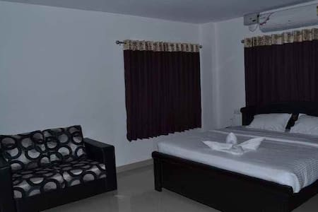Deluxe A/C. Room - Hyderabad - Apartment