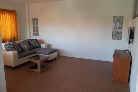 B11 - 2 Pranburi resident - Wohnung