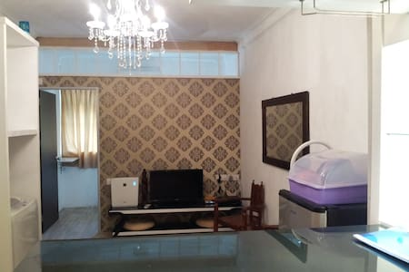 3Bedroom Homestay (Btm of Pg Hill) - Lakás