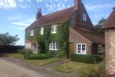 Farmhouse DB close to Goodwood - Chichester - Bed & Breakfast