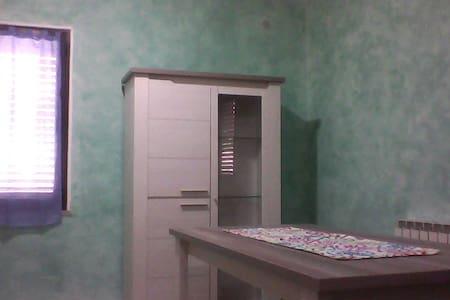 Appartamento a Sanluri - Wohnung