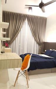 Sky Loft Designer 1 Bedder @ Bukit Indah - Johor Bahru - Condominium