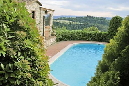 Borgo le Cinischie - Turandot Suite