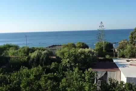 Bellissima casetta sul mare Jonio - Palizzi Marina