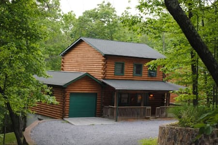 The West Virginian. A great cabin - Rumah