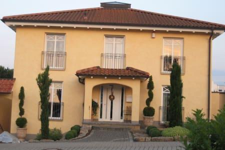 Mediterran wohnen in Fulda Galerie - Rumah