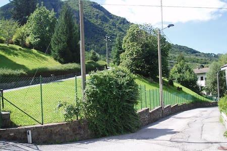 Casetta di montagna - Maggio