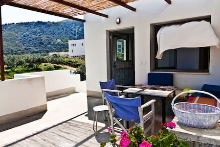 feel like a local on crete island - Apartment