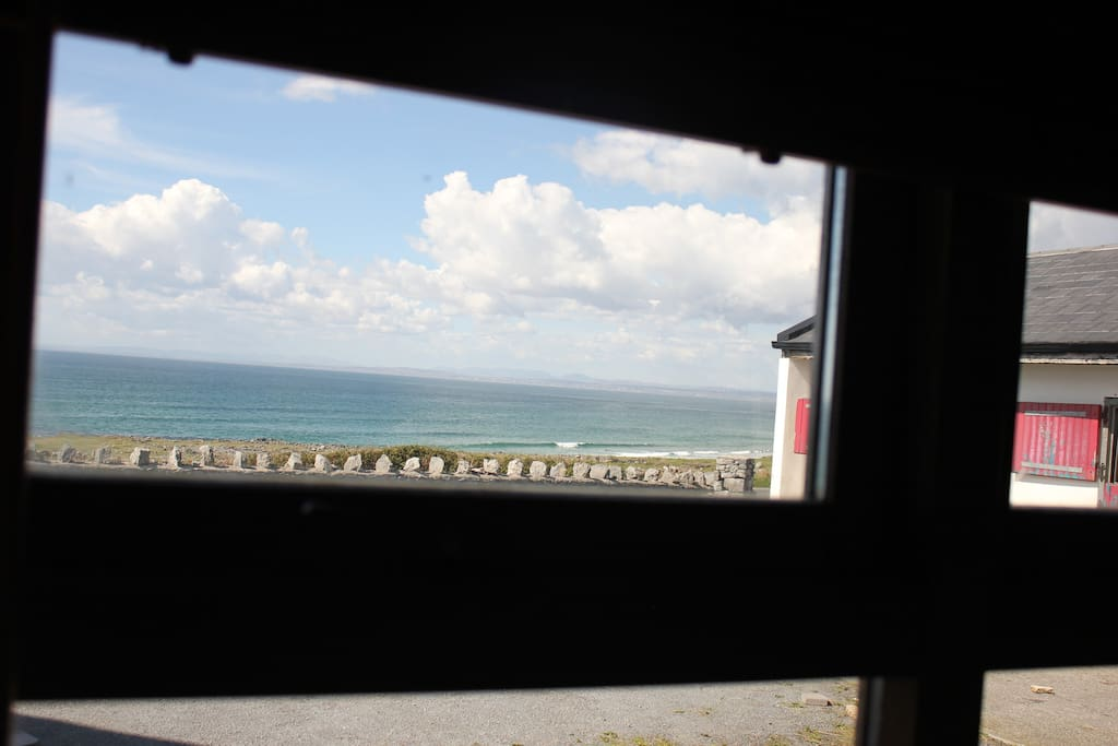 Check the surf from your apartment window