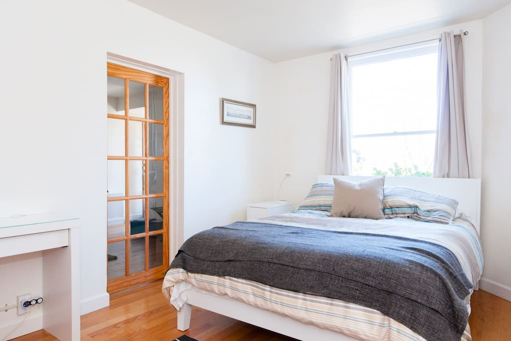 Bedroom features  Queen bed. All of our guests remarked on how comfortable it is.