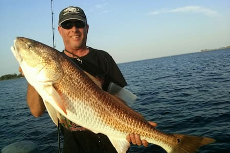 Book a fishing trip stay free - Panama City - House