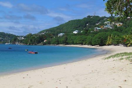 The Sweet Retreat -The Cabana - Bed & Breakfast