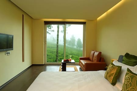 The Point a Great Place to Get Away - Kotagiri - Bed & Breakfast