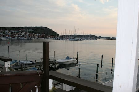 Apartment by the see - Bovallstrand - Appartement