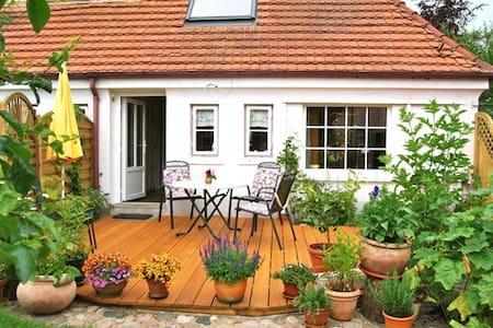 Ostsee-Ferienwohnung im Klosterdorf - Apartmen