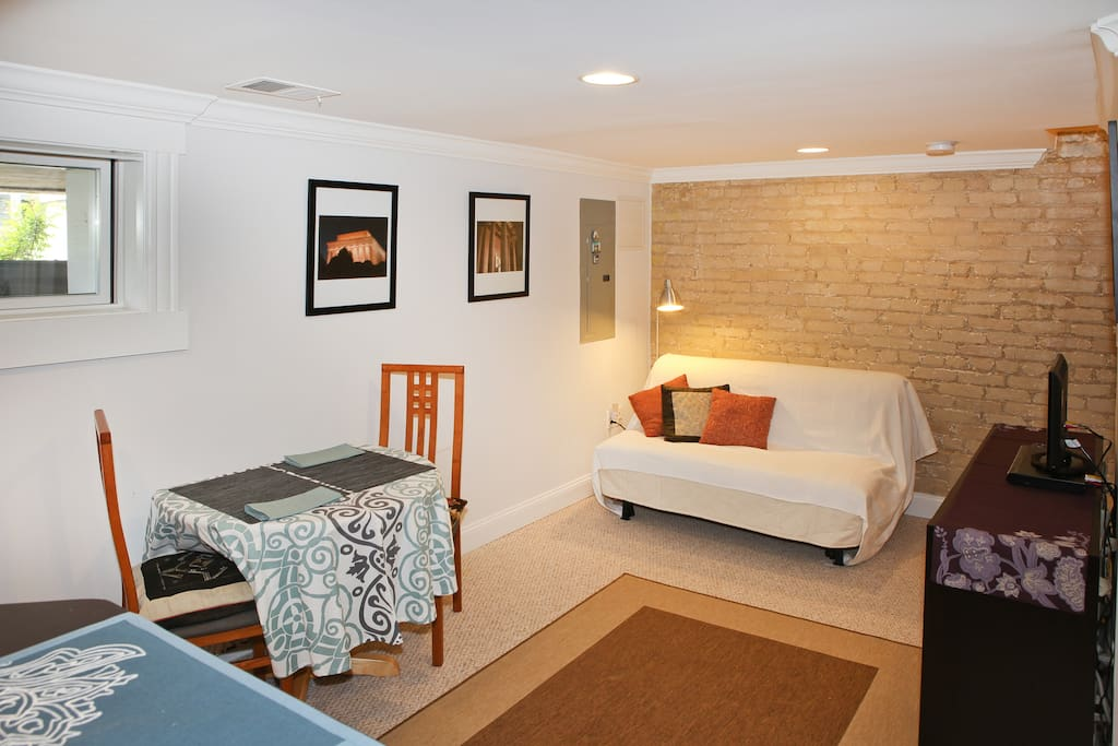 Private guest suite with its own separate entrance and cozy courtyard for relaxing