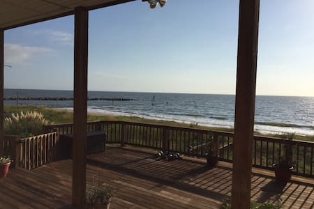 Beachfront Bonanza Rm2 - Ház