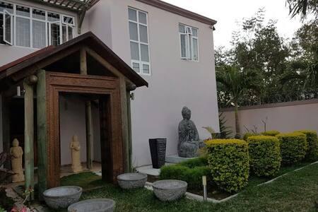 Villa Balaclava - Casa de camp