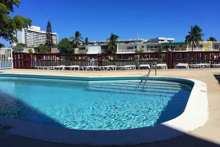 Bay View - Pool - 3min to Beach - Appartement en résidence