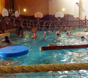 Golf Villa Condo at Waterpark & Spa - Wisconsin Dells