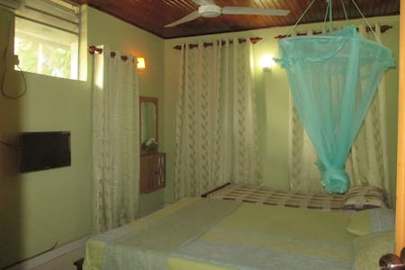Golden Bridge Rest - Dehiwala-Mount Lavinia