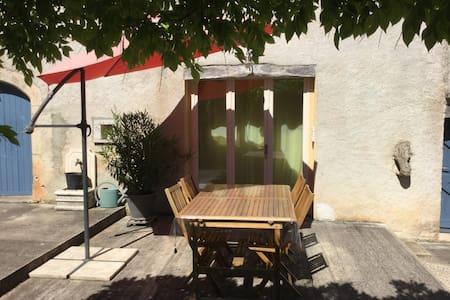 la maison bleue appartement 4 pers - Limogne-en-Quercy