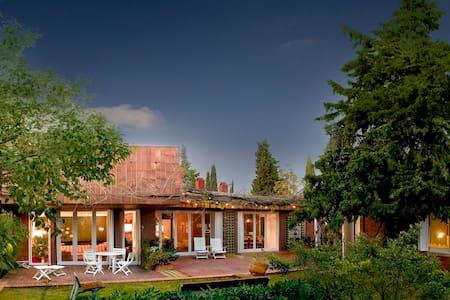Mas Pomeric. Finca Rural, Mansion - Villa