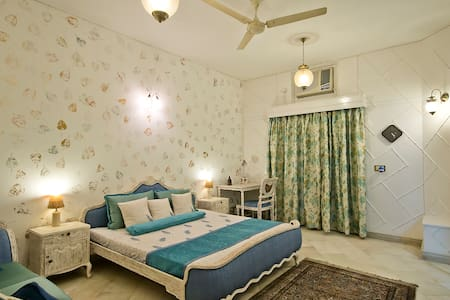 Expat Safe,Comfy,Ethnic Home -Delhi - House