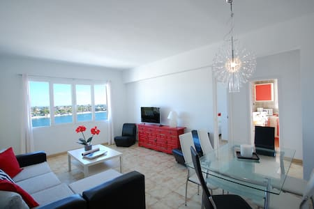 Apartment on the seafront - Alcúdia - Apartment