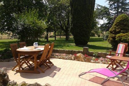 Maison de vacances en Bourgogne! - House