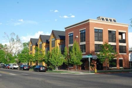 Beautiful Old Town Loft - 2 bedroom/2.5 bath - Fort Collins - Loft