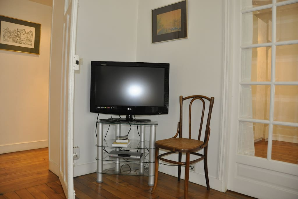 Flat screen television and WIFI available