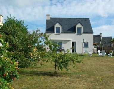 Les Hortensias - House