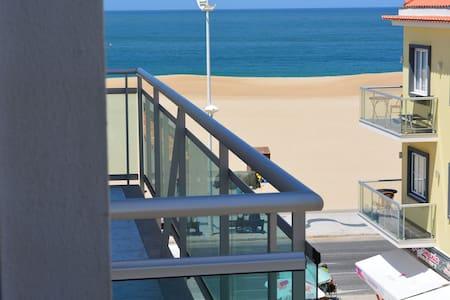 Apartamento T1 Vista Mar - Byt