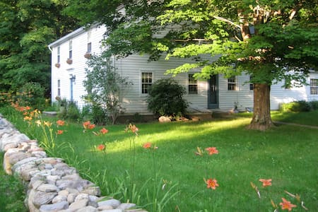 Antique Farmhouse in Canton CT