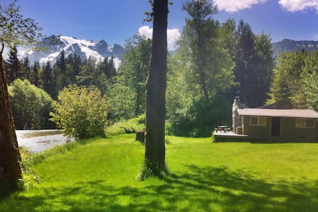 Romantic Cabin with Glacier view - Arlington - Cabaña