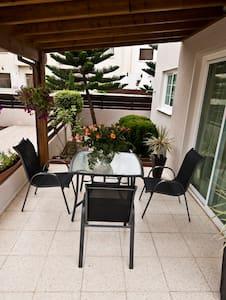 3 Bedroom  Sup. Inland View Villa - Oroklini - Villa