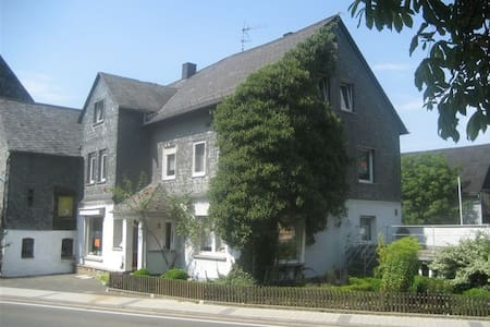 Large house between Rhine/Moselle - Casa